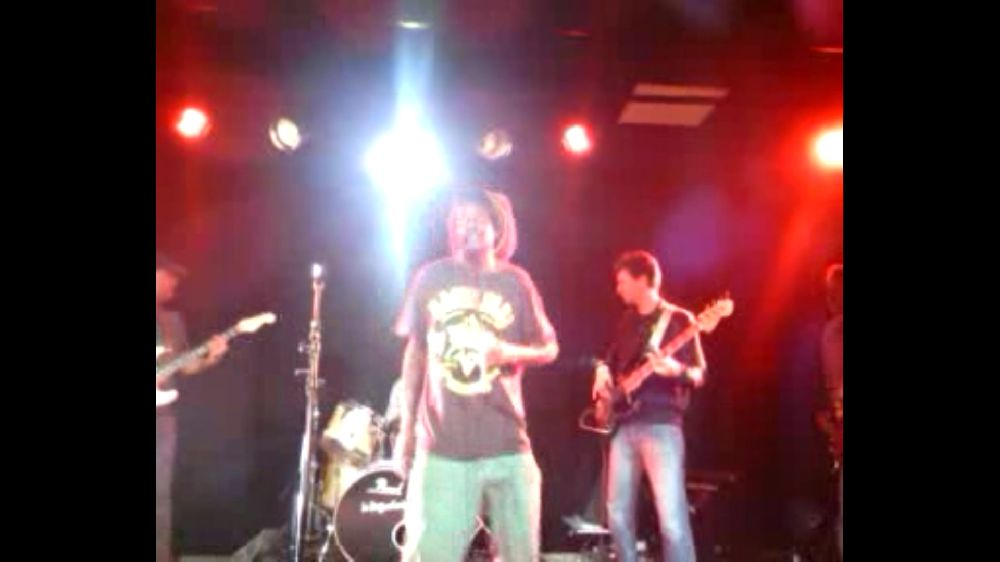 "Twadision-Twadision & Lion spirit band ""Pani problem"""
